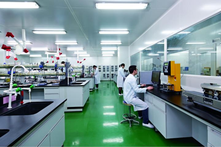 科研中心_meitu_3.jpg