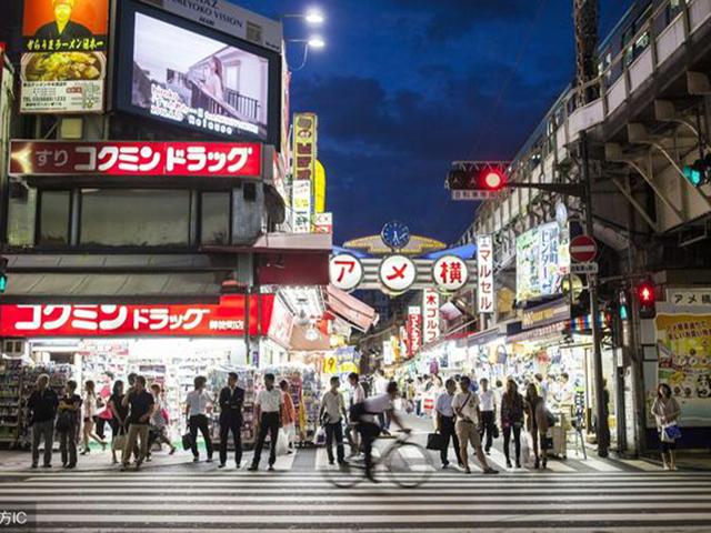 日本大阪商业步行街心斋桥.png